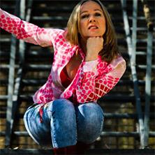 Bella Farny. Musikkabarett