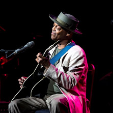 Eric Bibb's «Global Griot»