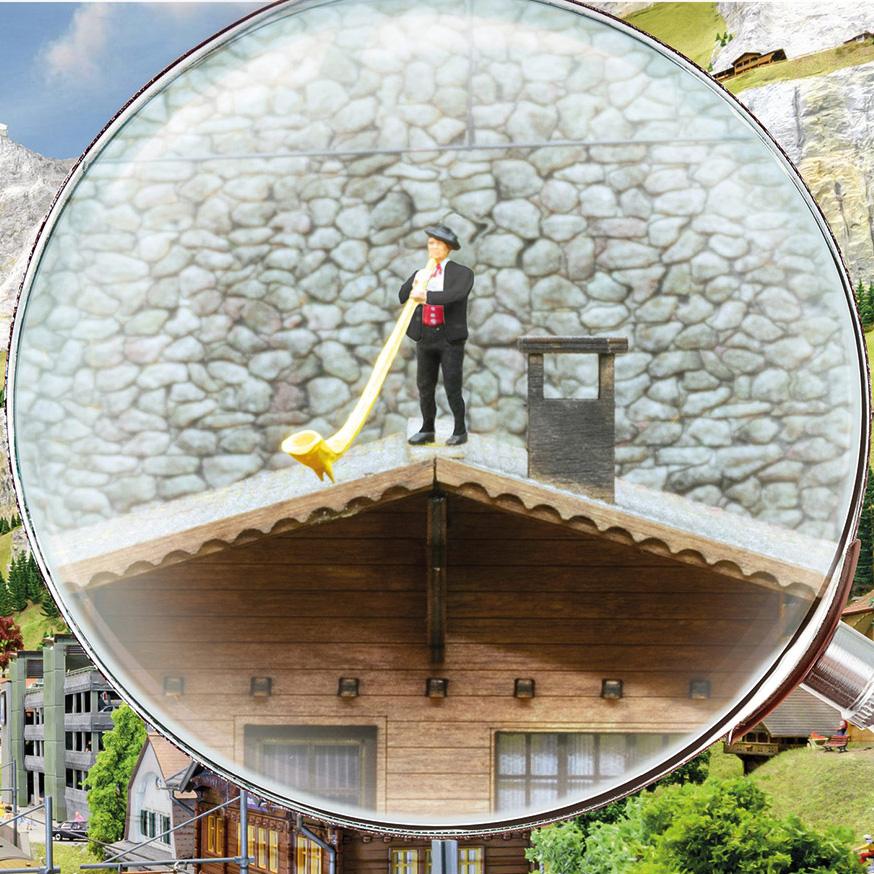 Bahnfahrt im Panoramawagen zur Miniaturwelt Smilestones